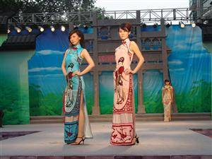 Chinese models in long dress made from Silk