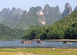 How to travel Guilin cheaply?