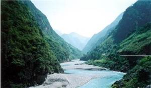 Baili Gorge in Xuanhan County