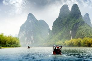 Visats on the Li River