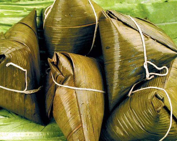 Eating Zongzi