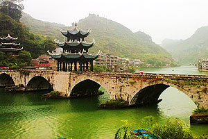 Guizhou Zhenyuan Ancient Town— a Gentle Water Town