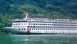 Relaxing days on the Yangtze River